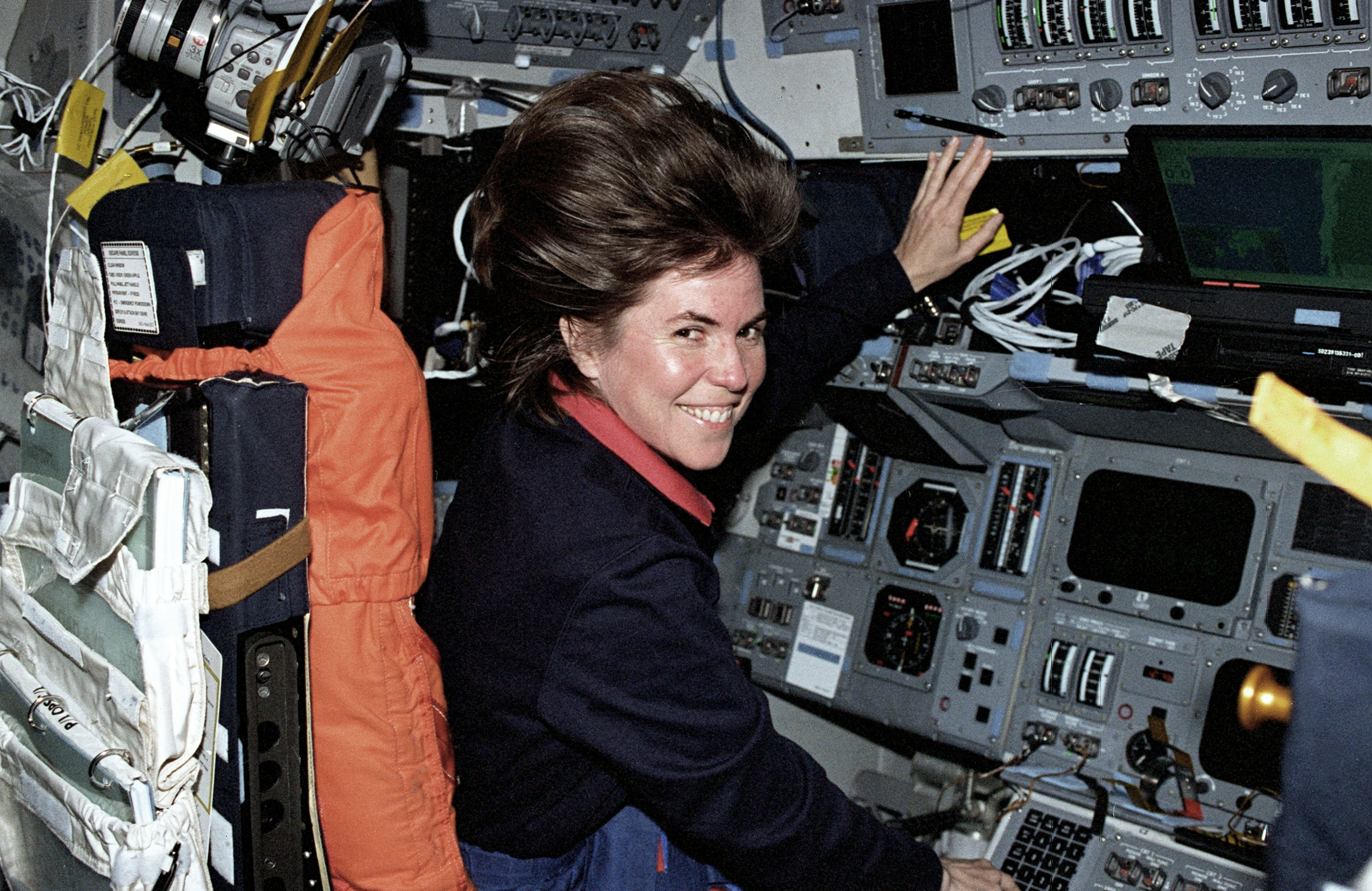 Janice Voss, Veteran of 5 Space Shuttle Flights, Dies at 55