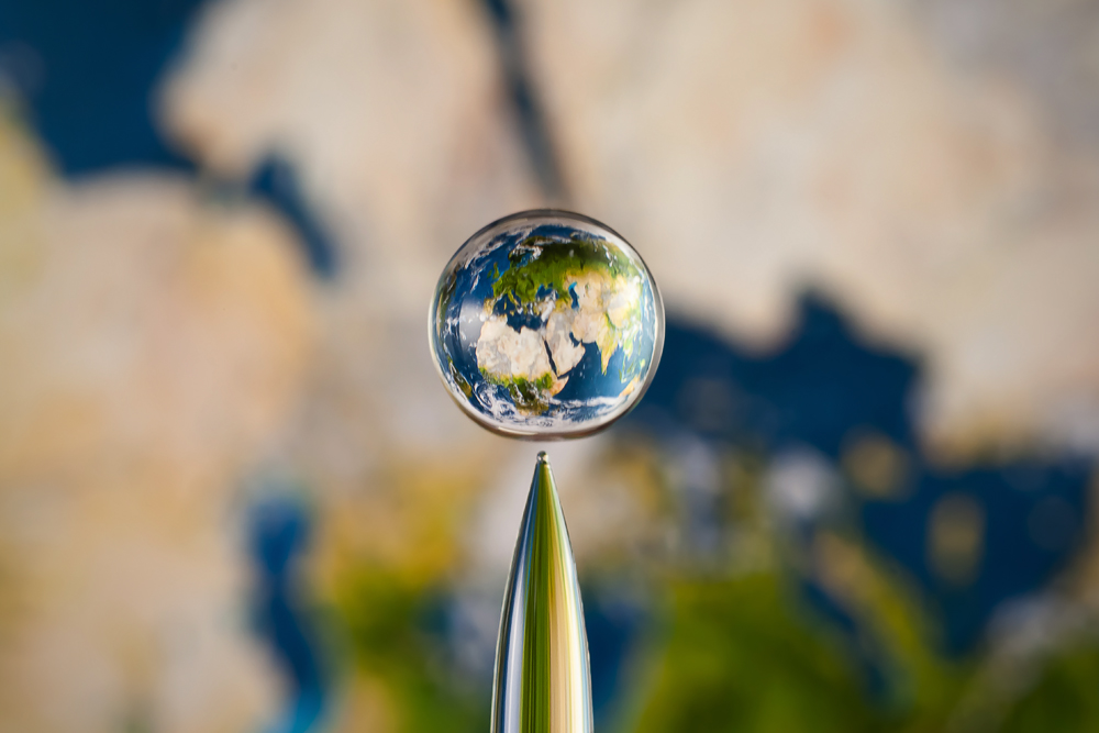 Earth In a Droplet