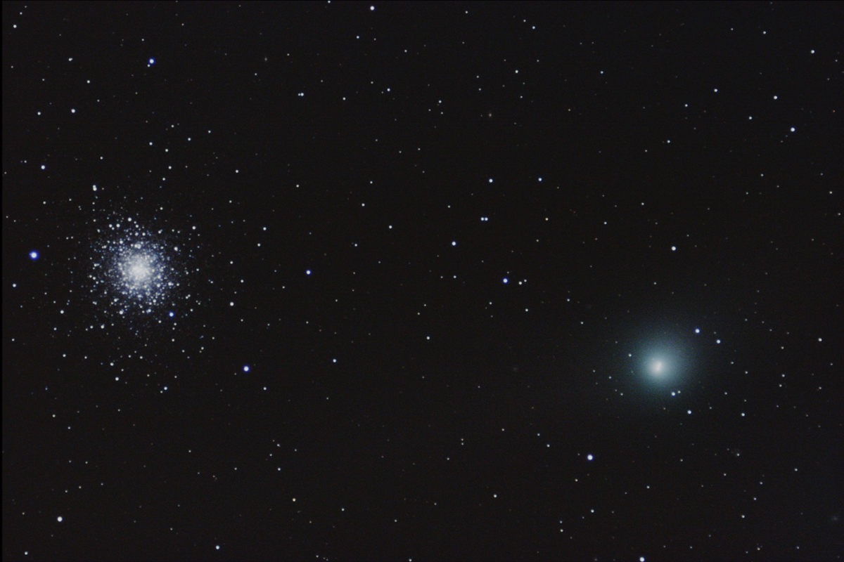 Dazzling Comet Garradd Has Close Encounter with Star Cluster