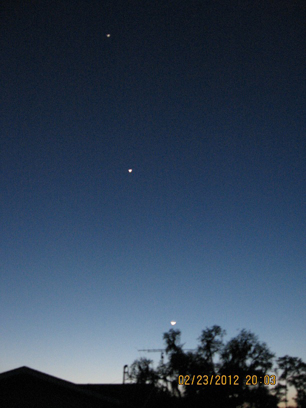 Moon, Venus & Jupiter over Central Florida`