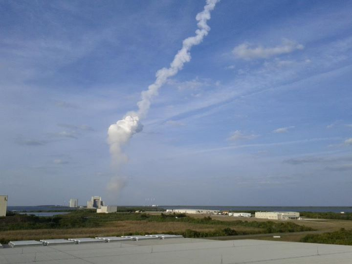 MUOS-1 Launch Contrail