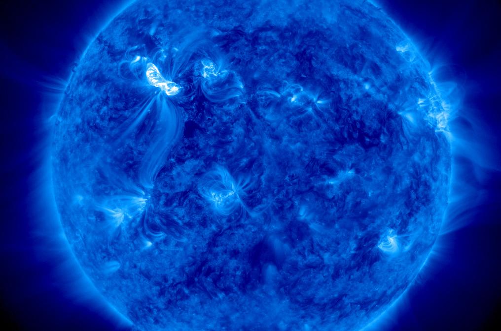 solar storm now - photo #42
