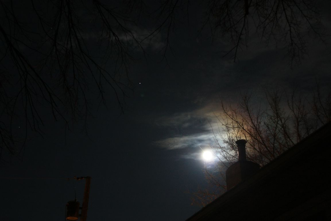 Skywatcher Photos: Mars and Moon in March 2012