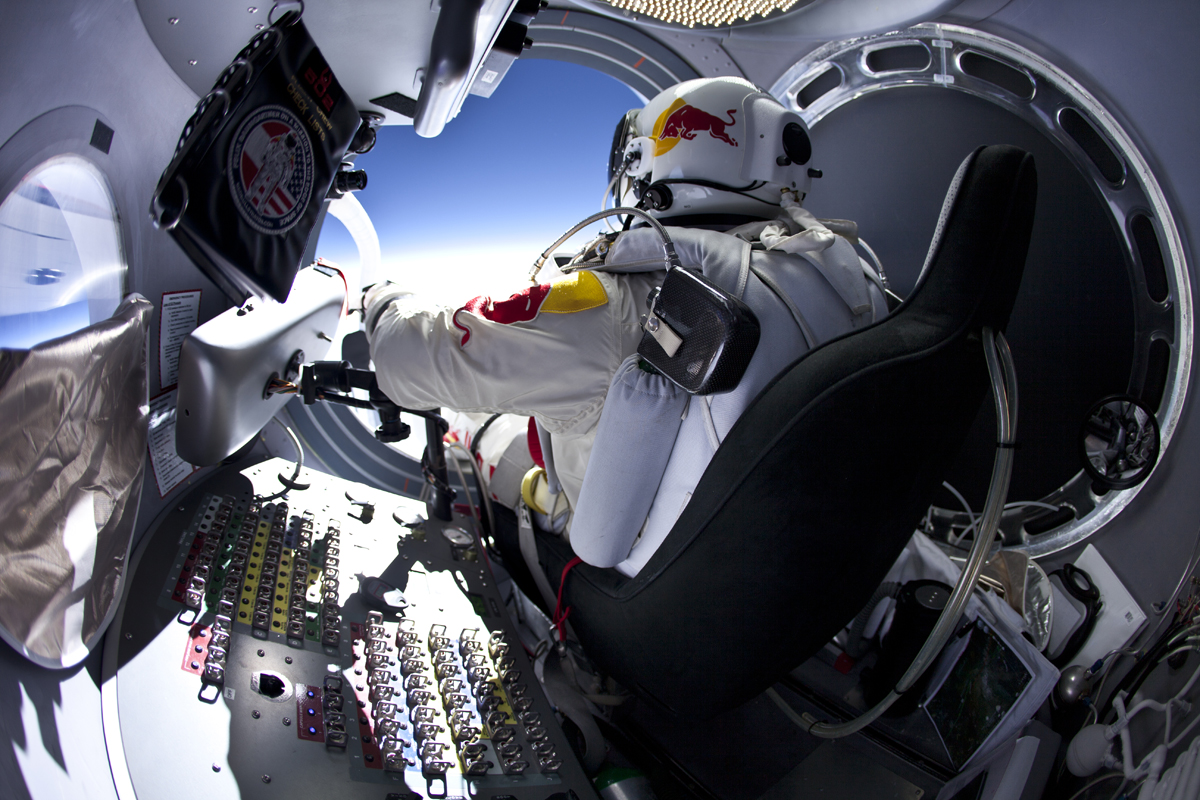 Amazing Photos Show 13-Mile Practice Skydive for Record-Breaking Space Jump
