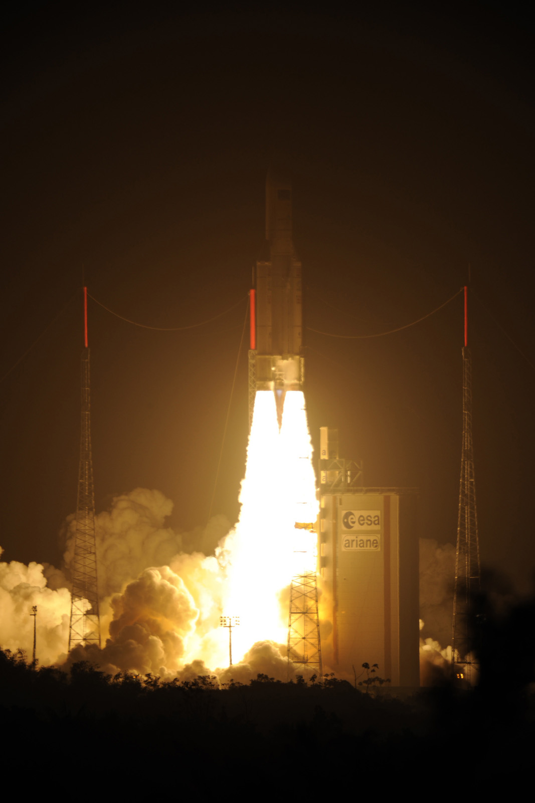 ATV-3 Cargo Ship Lights Up Sky: March 23, 2012 Launch
