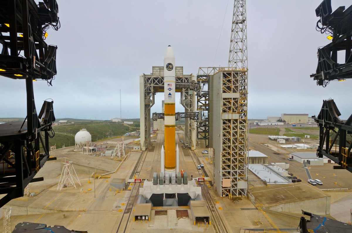 Delta 4 Rocket with NROL-25 Satellite