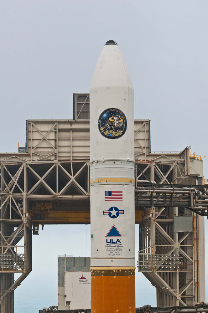 Delta 4 Rocket with NROL-25 Satellite, Upper Detail