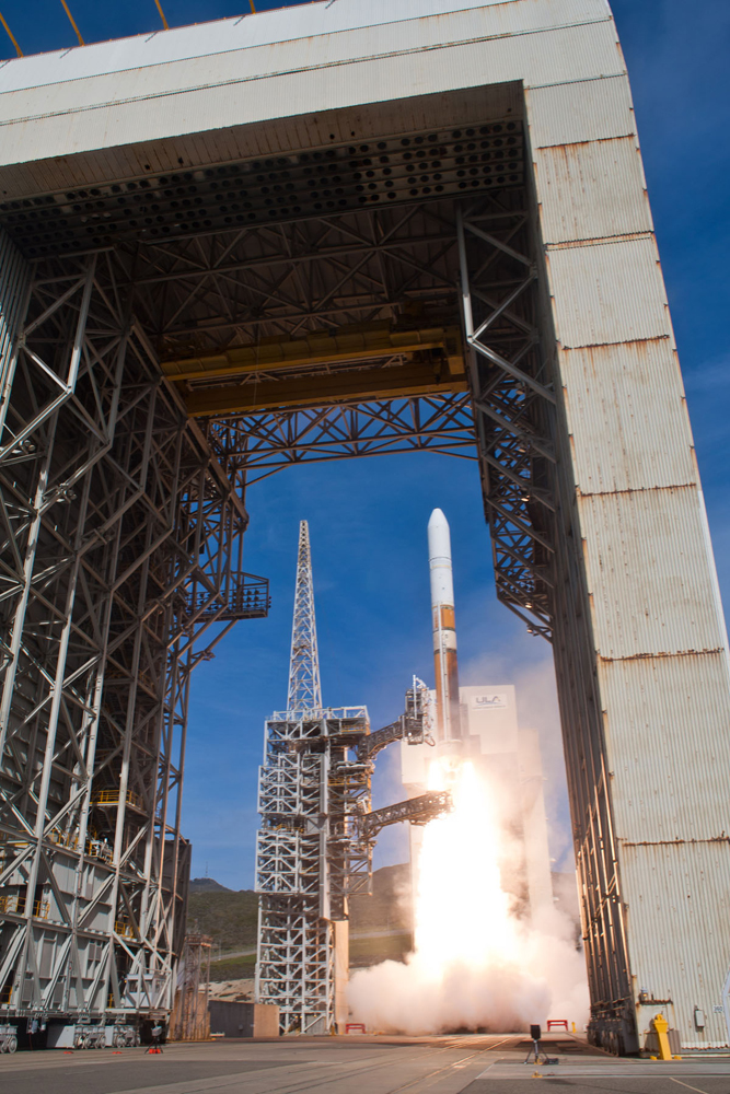 NROL-25 Liftoff Through Mobile Service Tower