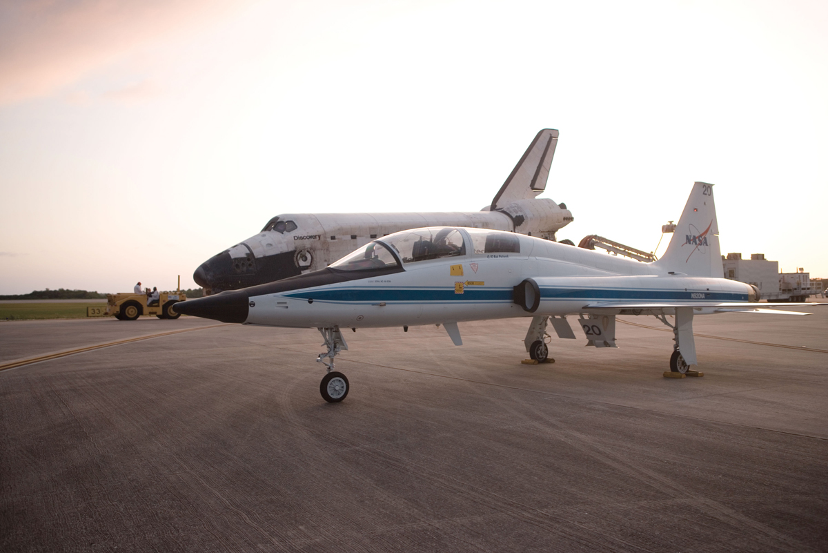 Photos: NASA's Amazing T-38 Supersonic Jet Planes