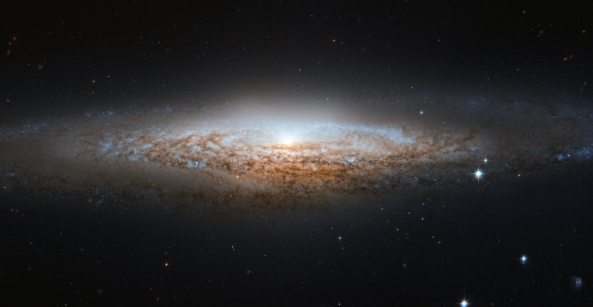 'UFO Galaxy' Spotted by Hubble Telescope