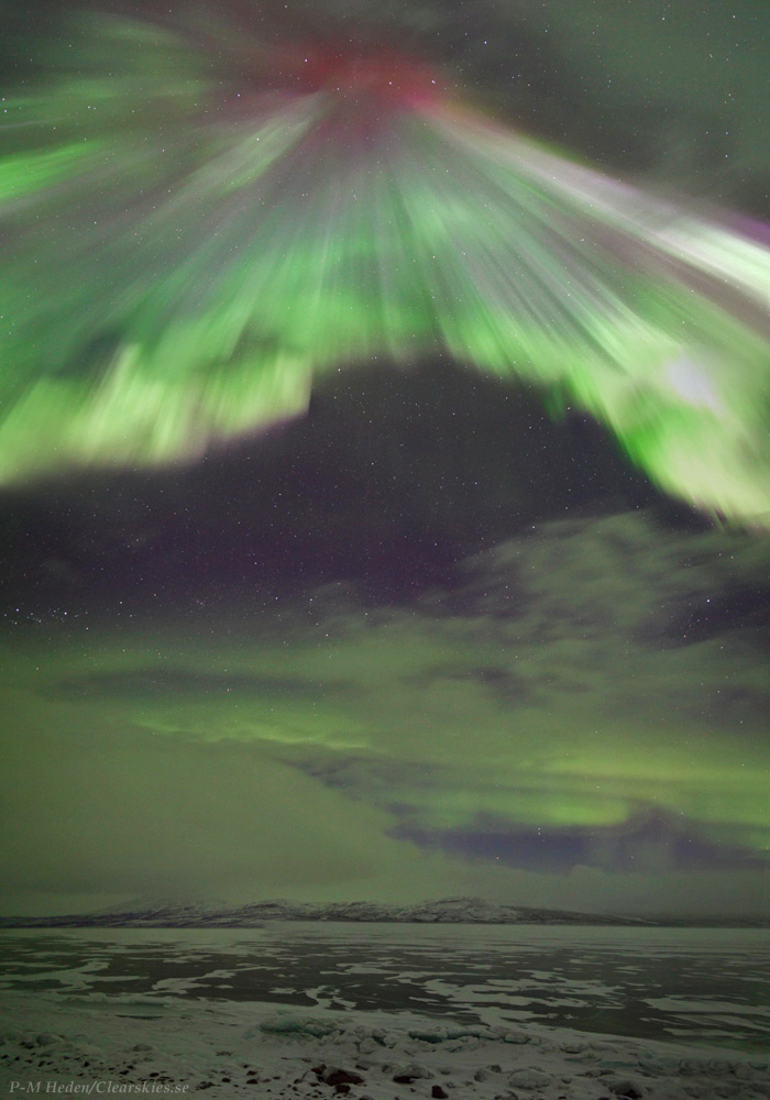 Visions of Valhalla: Skywatcher Captures Spectacular Aurora on Camera