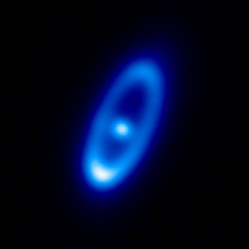 Fomalhaut: 'Eye of Sauron' With A 'Zombie Planet'