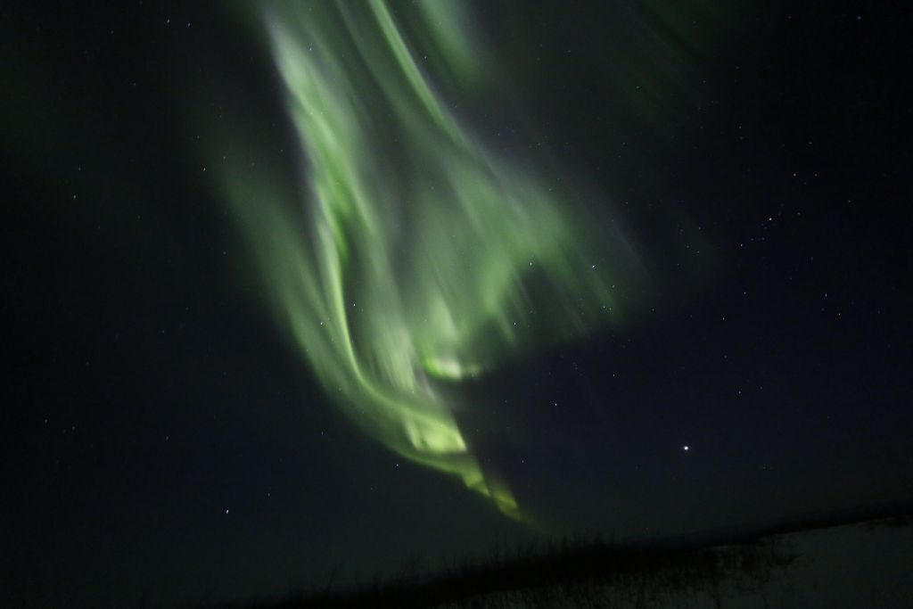 Alaska Aurora Dances on April 12, 2012