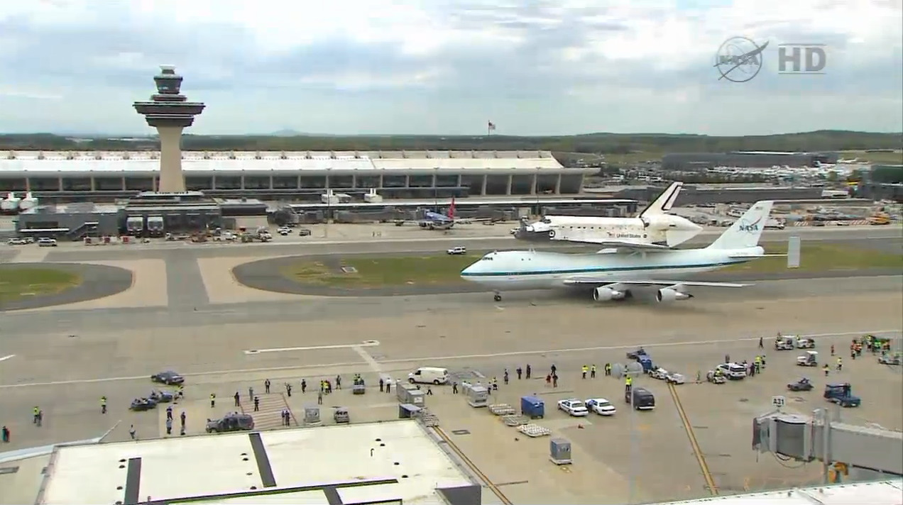 Shuttle Carrier Aircraft Carrying Discovery Taxis After Arriving