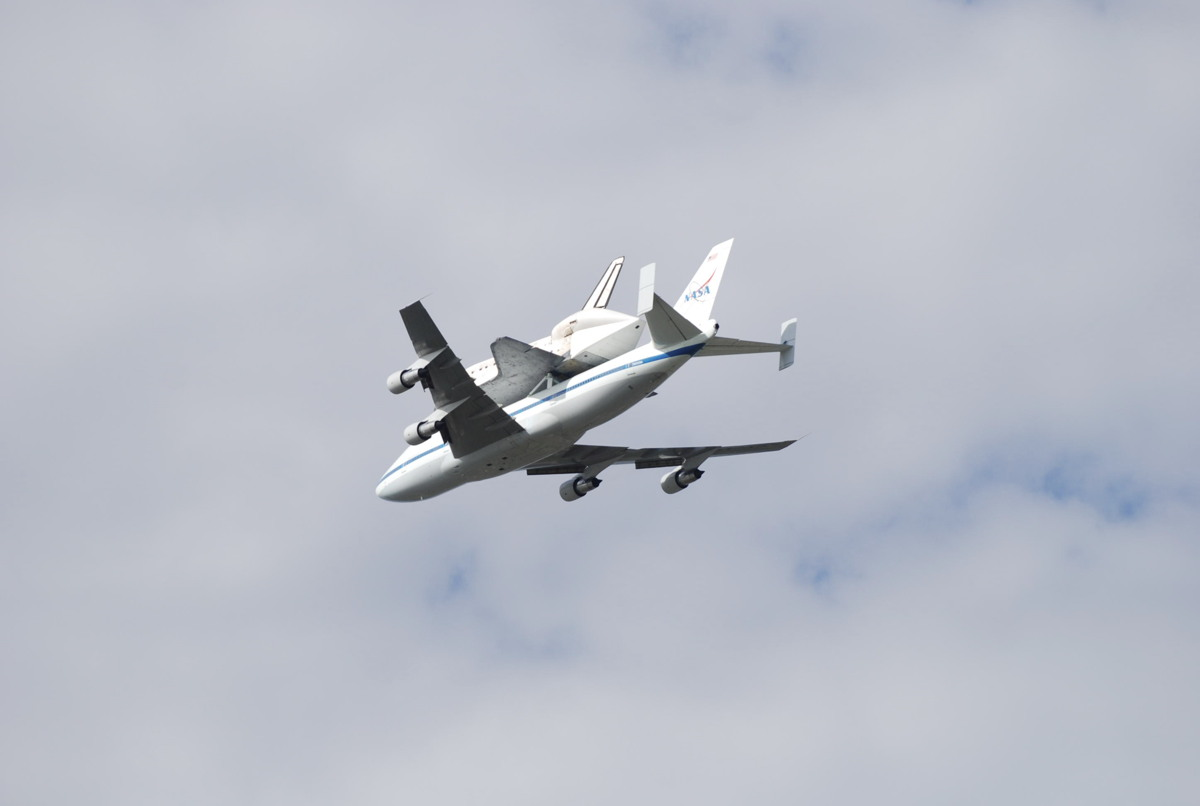 Shuttle Carrier Aircraft and Discovery over Blue Plains Advanced Wastewater Treatment Plant