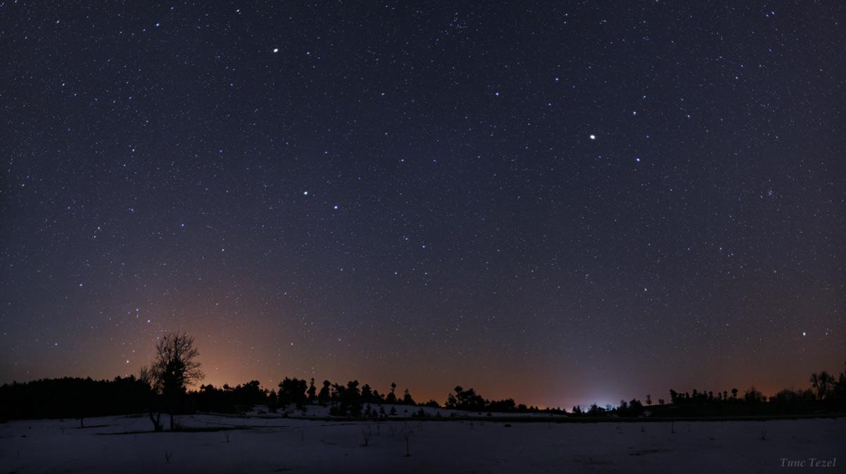 Constellation Station: Bright Stars Sparkle in Skywatcher Photo