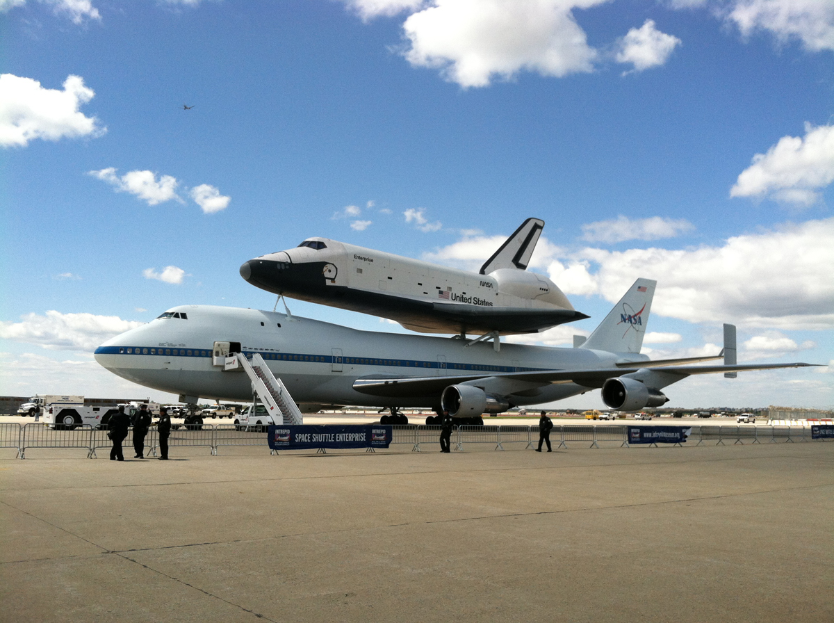 SCA Carrying Shuttle Enterprise Safely Down at JFK Airport