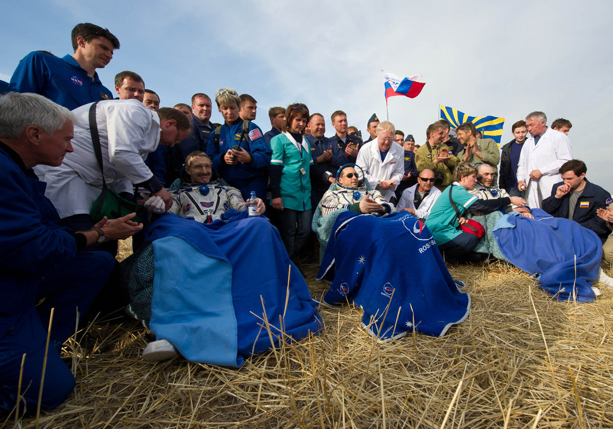 Expedition 30 Crewmembers Post-Landing