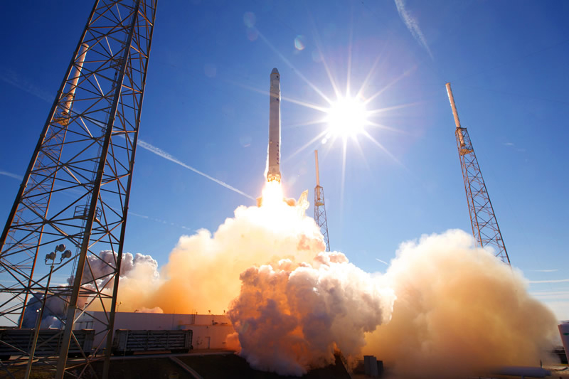 6 Fun Facts About Private Rocket Company SpaceX