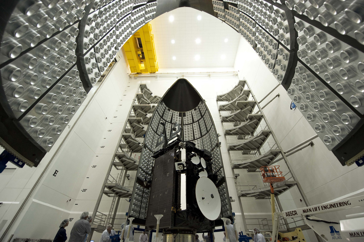 AEHF-2 Satellite Mated to Atlas 5 #5