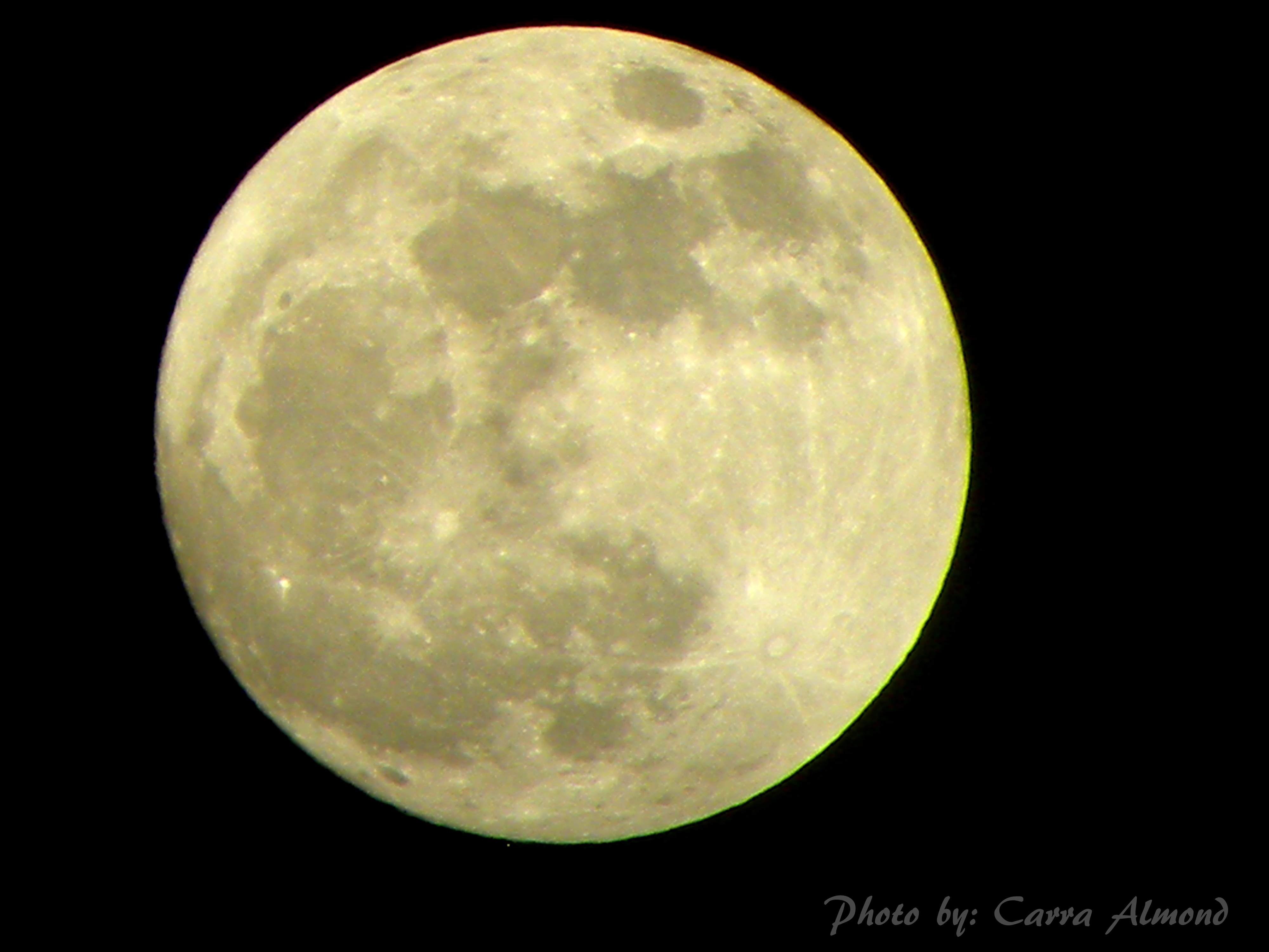 Supermoon 2012 from Jordan: Carra Almond