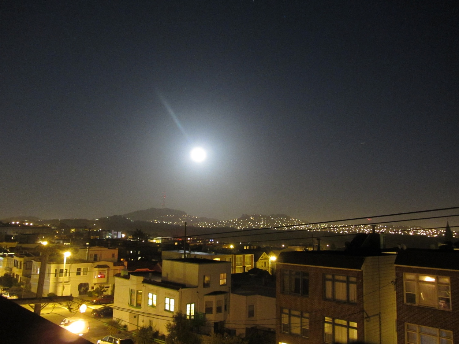 2012 Supermoon Over San Francisco