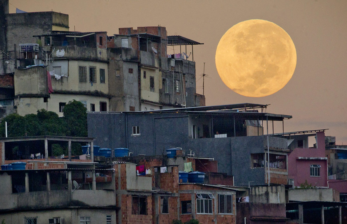 Supermoon over Rio