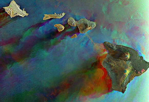 Hawaiian Islands Seen by Envisat