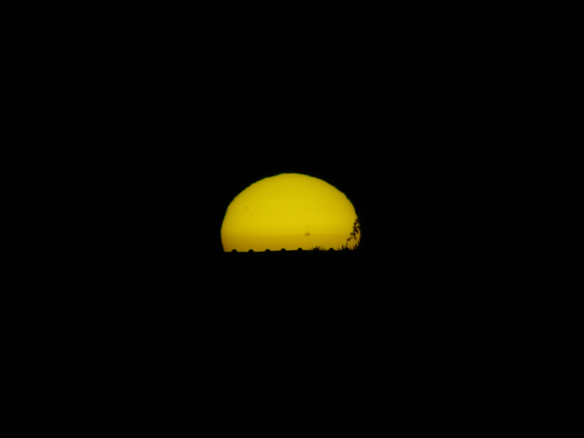 Sunspot AR1476 Seen from Pisa, Italy #4