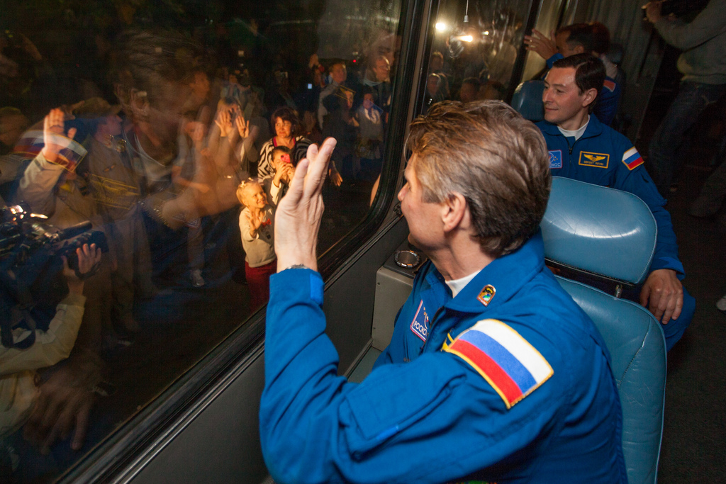 Expedition 31 Crew Waving