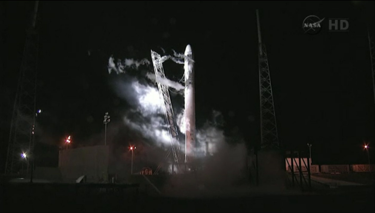 SpaceX Falcon 9 Rocket/Dragon Capsule Launch Abort