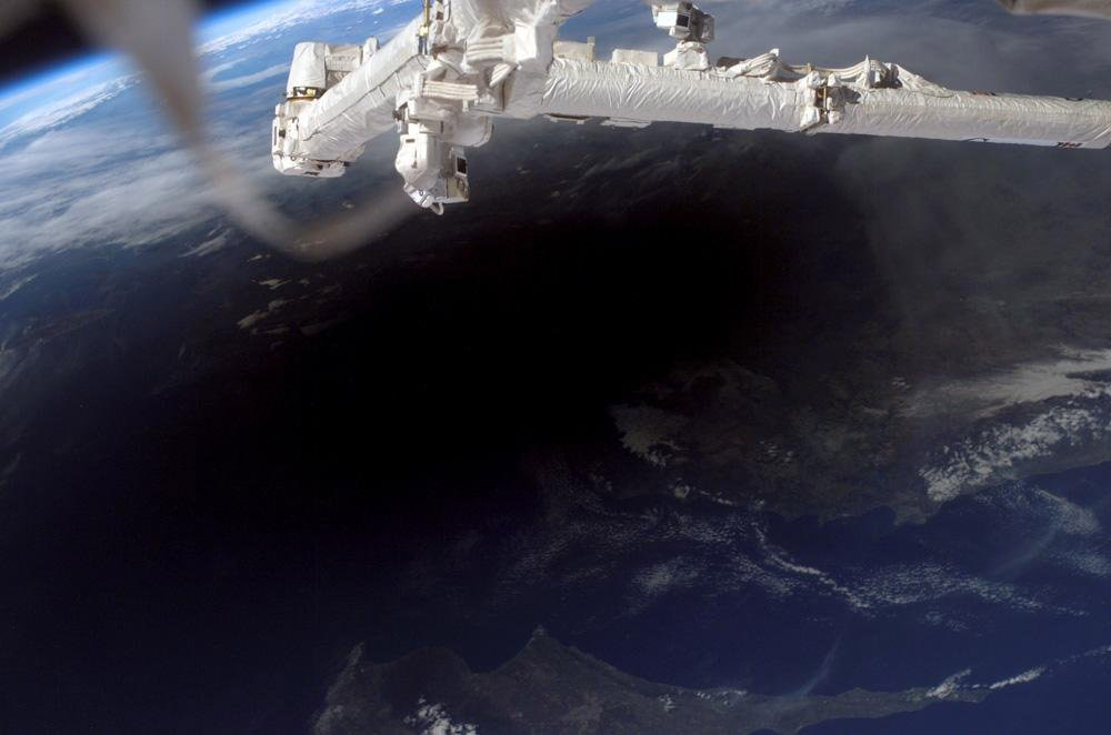 Astronauts May See Solar Eclipse Shadow From Space