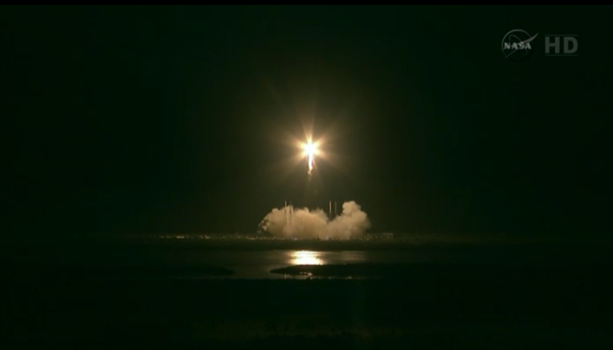 SpaceX Launches Falcon 9/Dragon to ISS