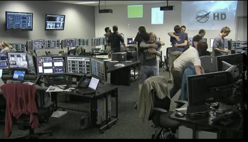 SpaceX Launch Controllers React to Falcon 9 & Dragon Liftoff