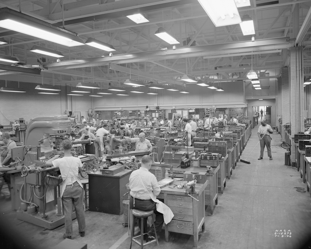 Space history photo aircraft machine shop in 1946 for Motor machine shop near me