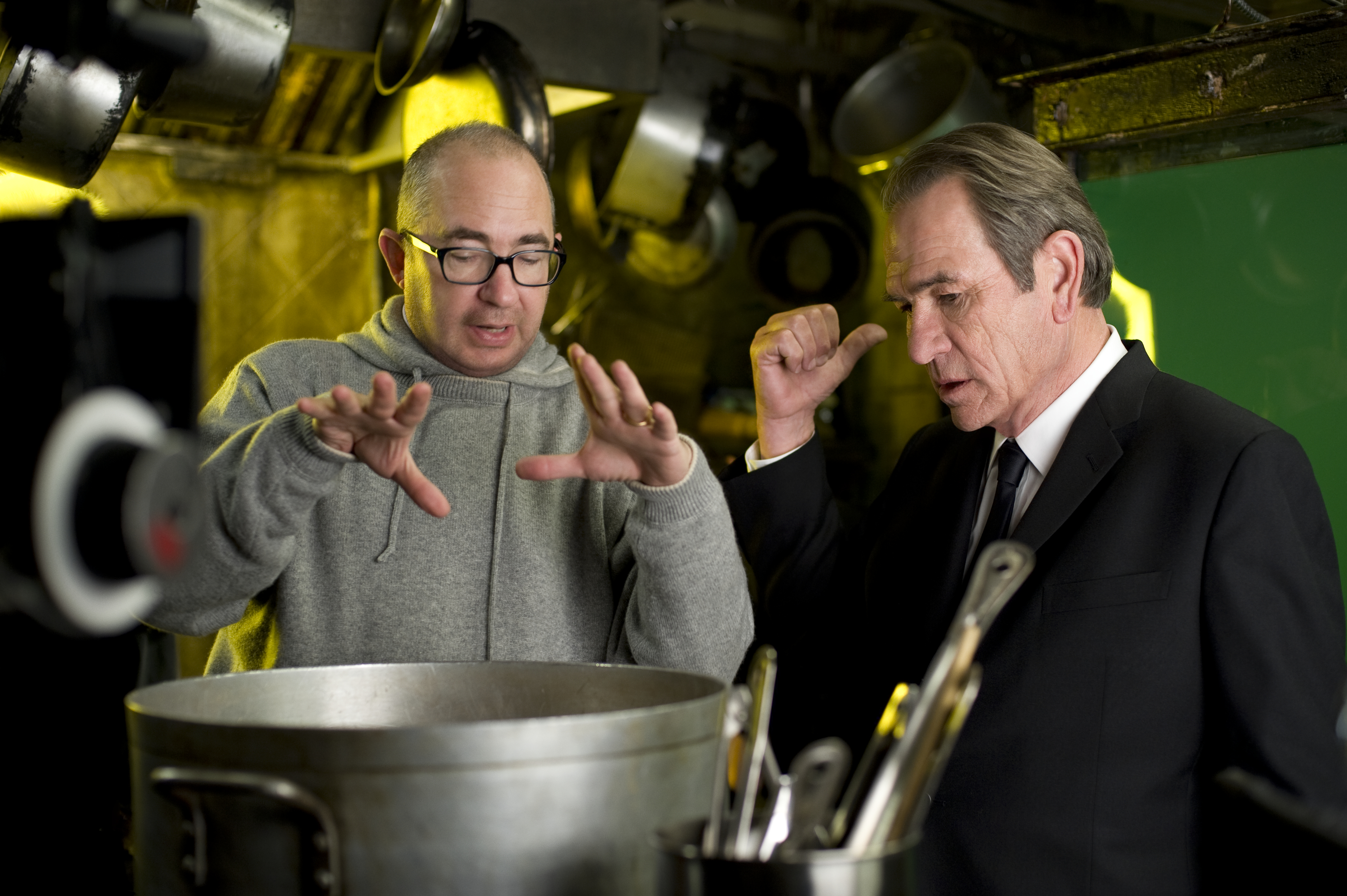 Director Barry Sonnenfeld and Tommy Lee Jones