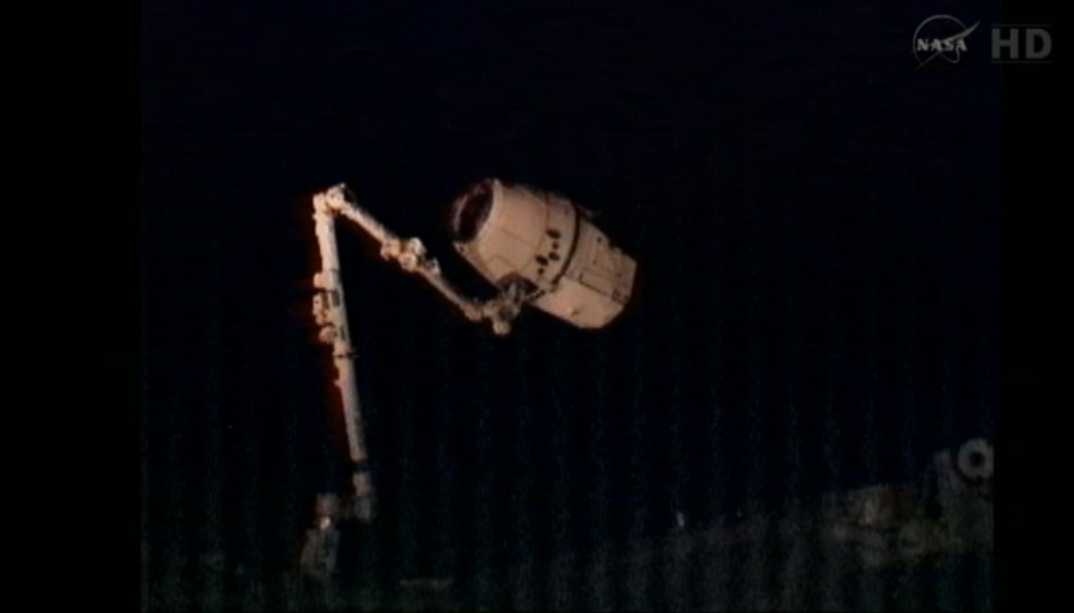 Dragon Capsule on Canadarm2
