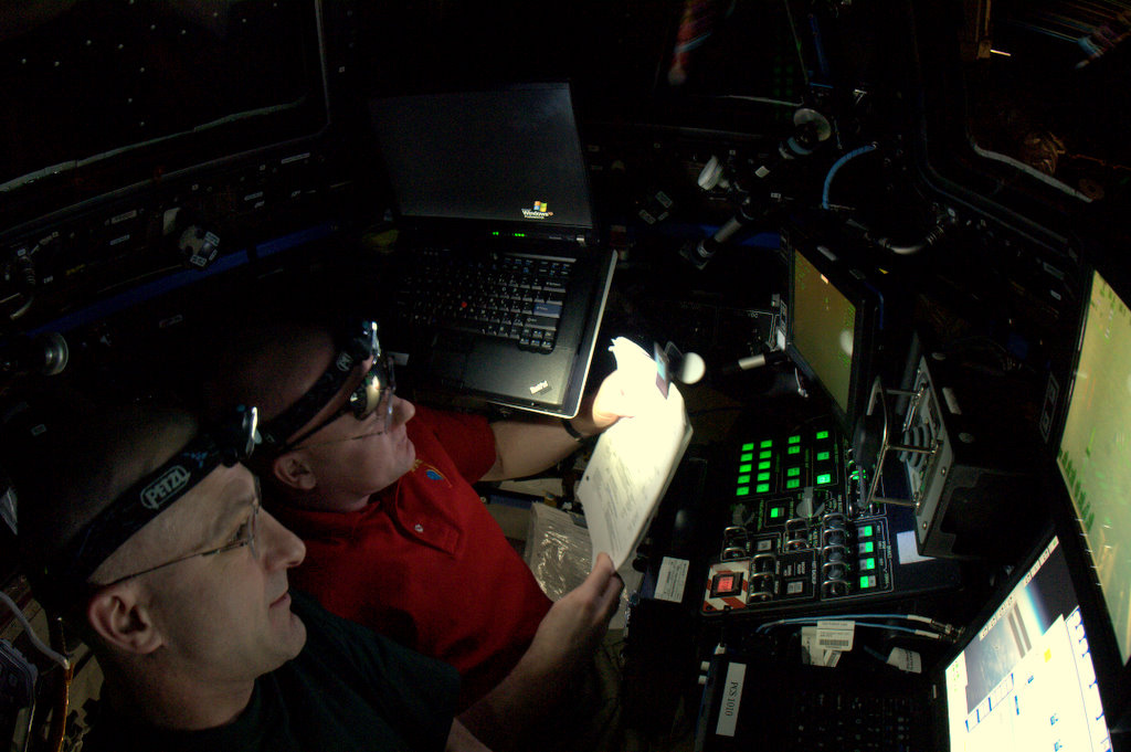 Teamwork in the Cupola During Dragon Approach