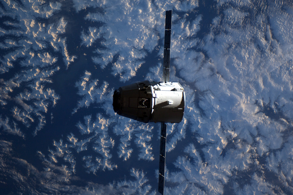 NASA Launches Private Space Taxi Certification Program
