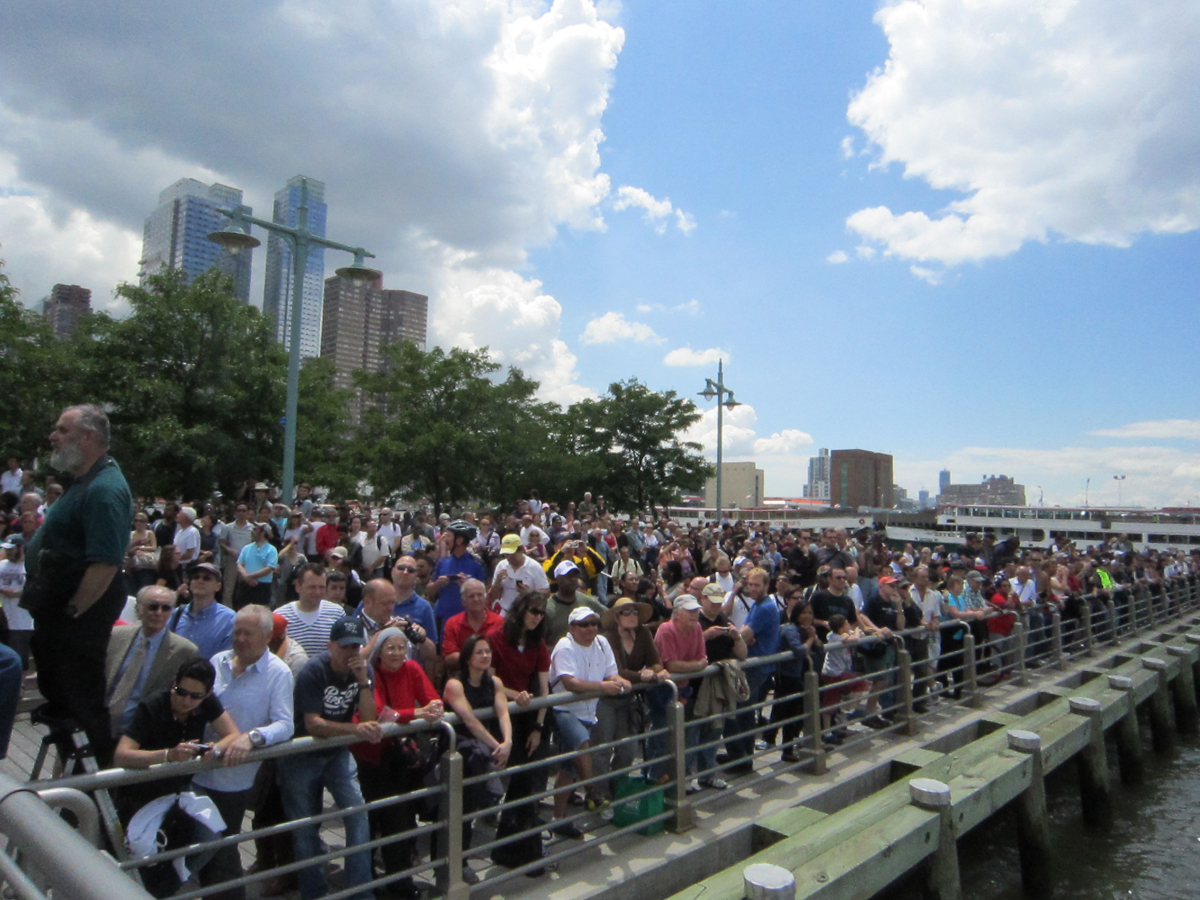 Huge Crowds Welcome Shuttle Enterprise to NYC Museum