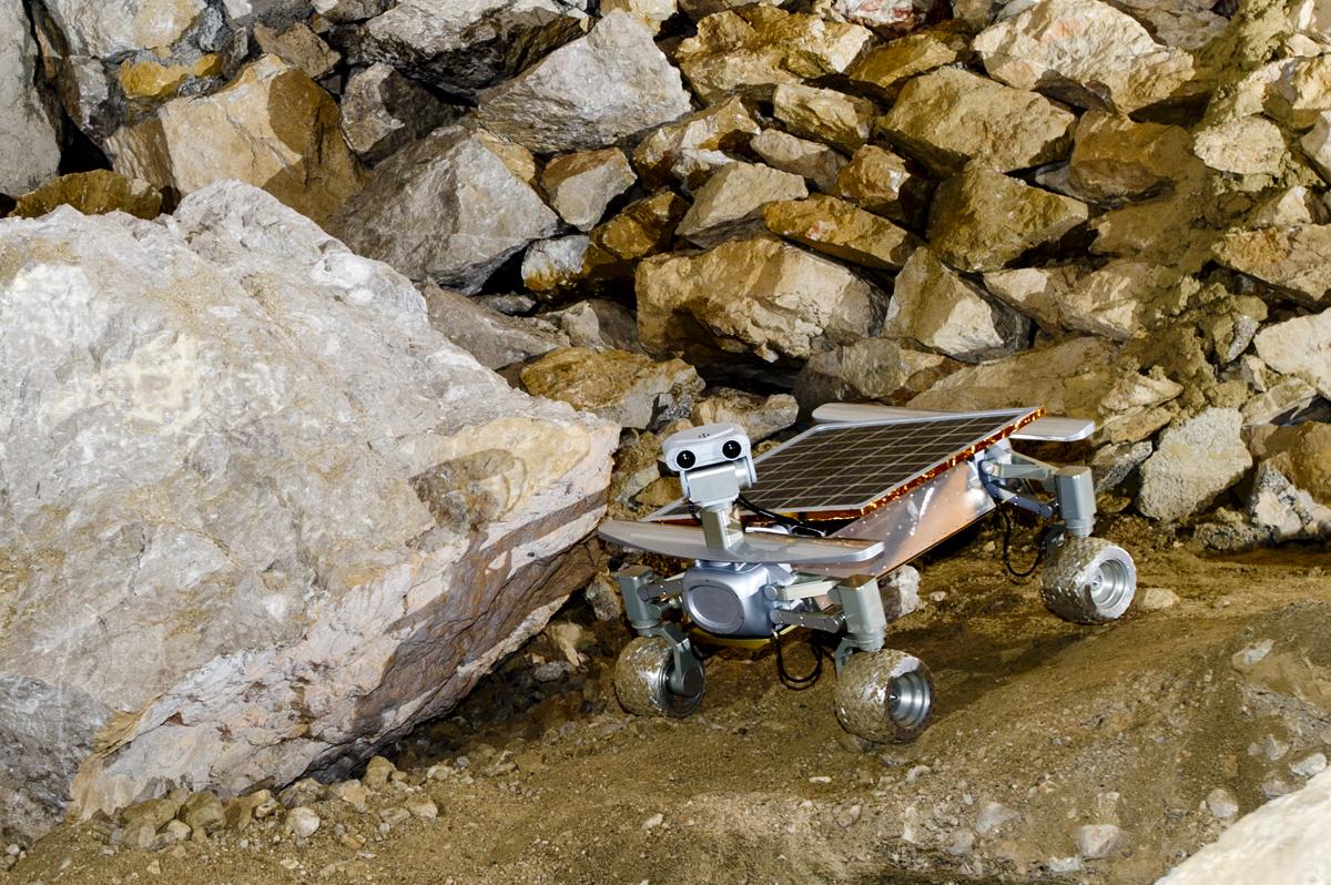 Asimov Jr. R3 Rover