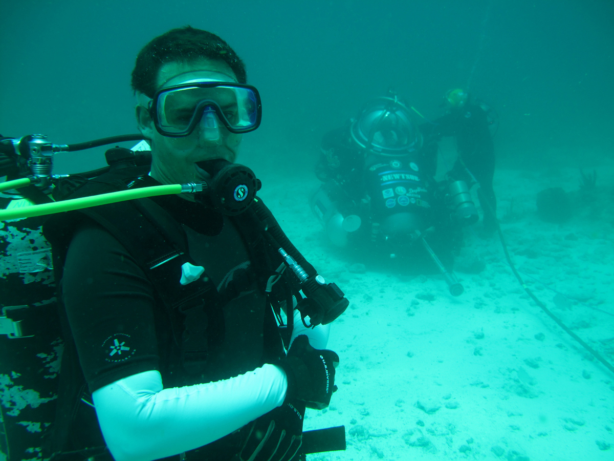 NEEMO 16 Diver with Sub in Background