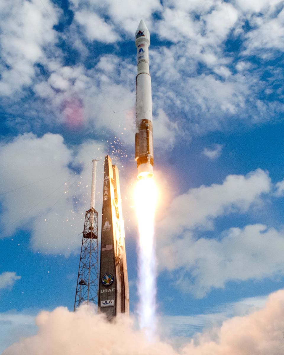 Air Force Launches US Spy Satellite on Secret Mission