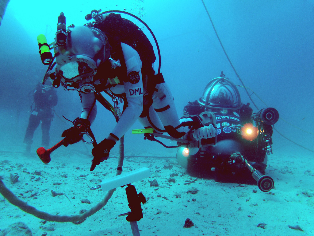 NEEMO 16 Mock Asteroid Spacewalk