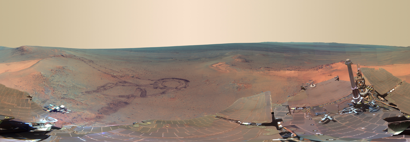 Big Picture on Mars: NASA Rover Snaps Amazing Red Planet View
