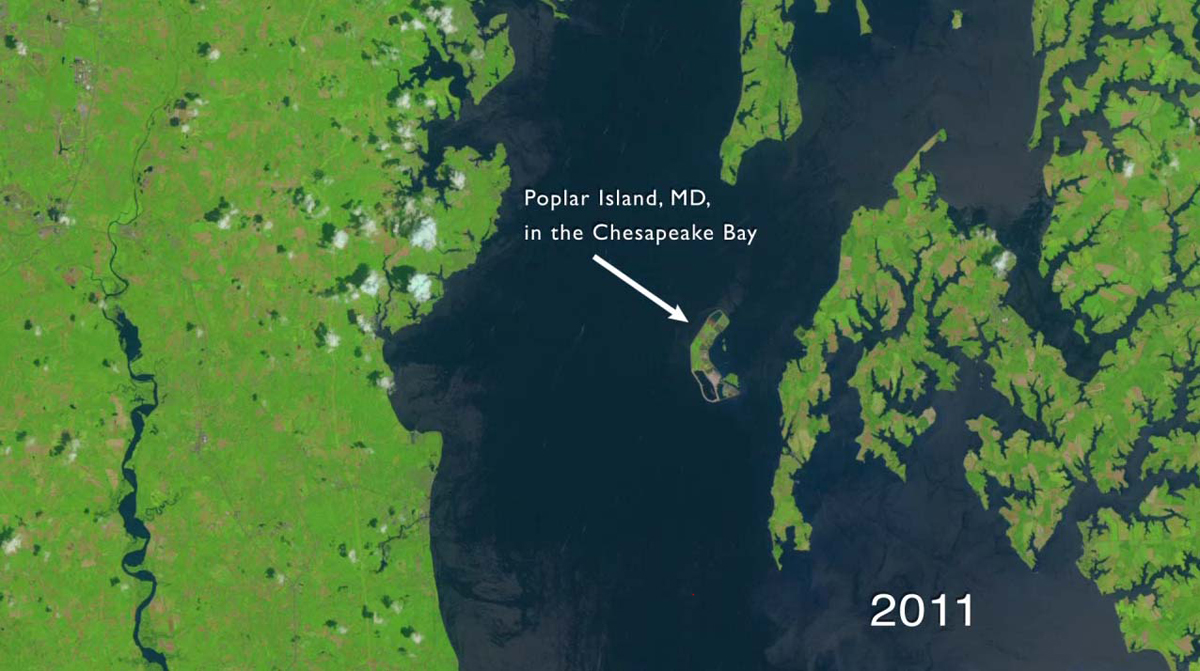 Video from Space: Army Builds 'Mud Island' on US East Coast