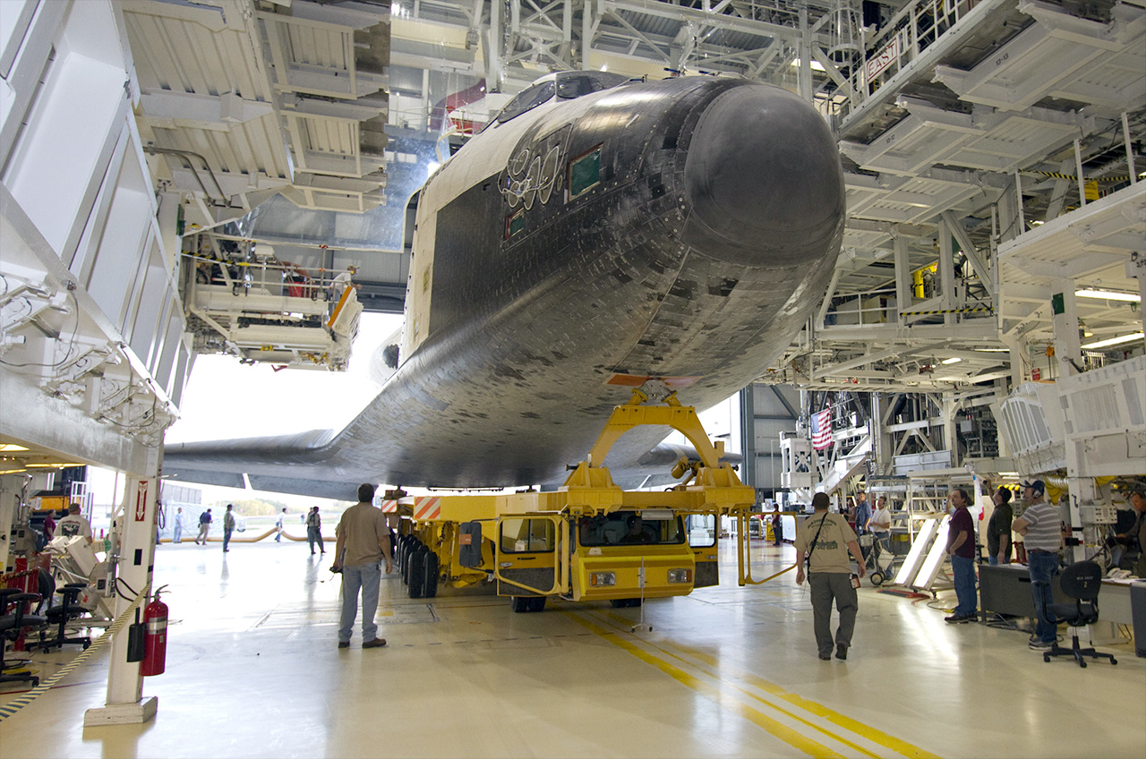 Calif. Science Center Lines Up Hangars for Space Shuttle Endeavour