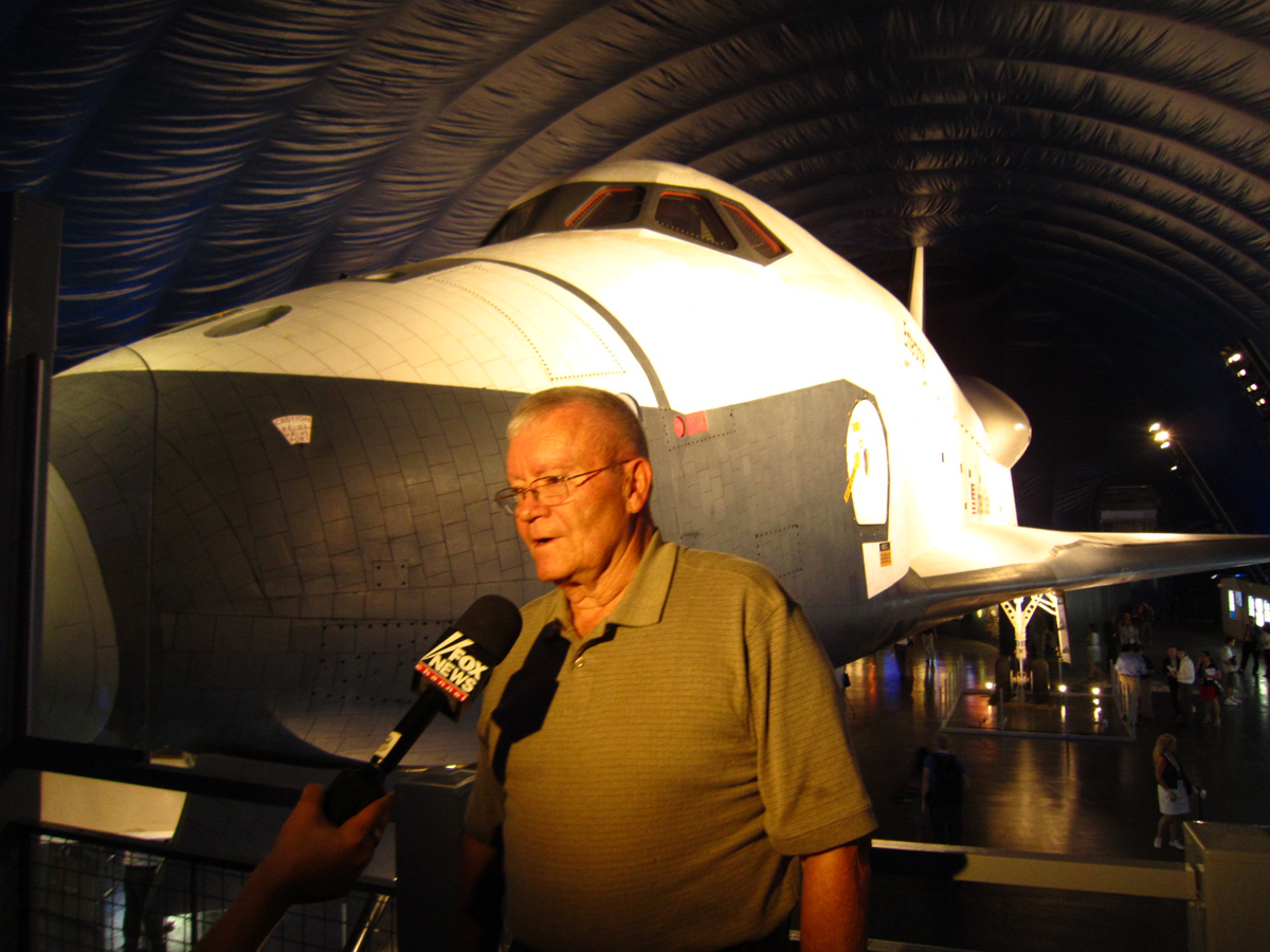 Astronaut Fred Haise, Jr., Answers Press Questions