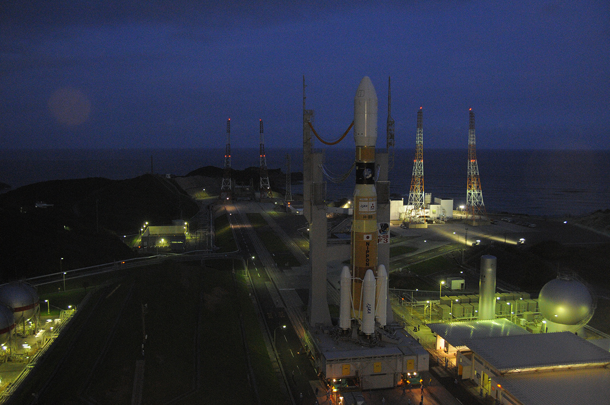 Japan Moves HTV-3 to Launch Pad