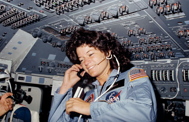 Sally Ride's Legacy: 1st Female Space Shuttle Commanders Speak Out